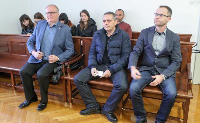 Rado Janša, Ivan Miklič in Tomaž Malovrh (z leve) so vsi trije krivdo zanikali. FOTO: Marko Feist