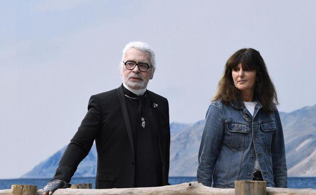 Karl Lagerfeld in Virginie Viard sta bila odlična sodelavca in tesna prijatelja. FOTO: AFP