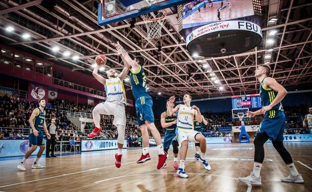 Tekma v Zaporožju je ena od tistih, ki bi jih želeli izbrisati iz zgodovine slovenske košarke. FOTO: FIBA