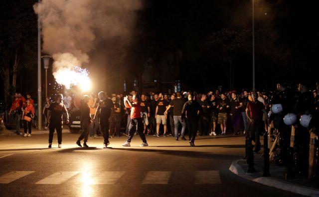 Podgorica je ponoči živahno mesto, z novo razsvetljavo bo še vedno svetlo, bodo pa manj porabili za elektriko. FOTO: Stevo Vasiljevic/Reuters