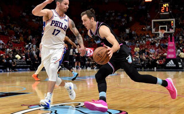 Goran Dragić se počasi vrača v košarkarske ritme in po poškodbi kolena trenira. Morda bo konec marca nared za slovenski spektakel v Miamiju. FOTO: USA TODAY Sports
