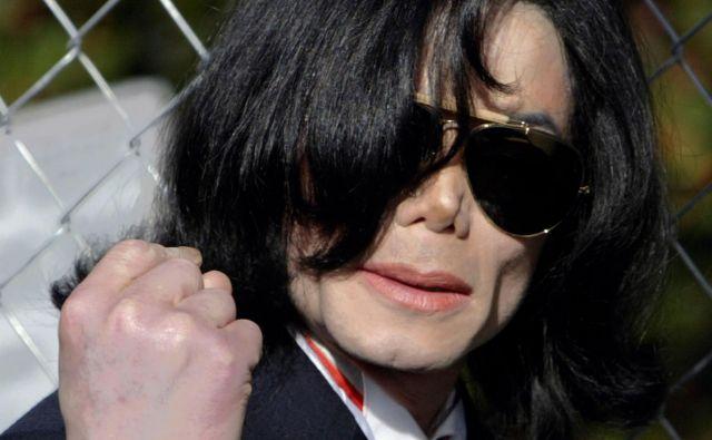 Film Leaving Neverland, ki temelji na pričevanjihWada Robsona in Jamesa Safechucka– oba pripovedujeta o tem, kako ju je Michael Jackson spolno zlorabljal, ko sta bila dečka –, ne pušča nobenih dvomov, so zapisali novinarji in kritiki. FOTO: Fred Greaves/Reuters