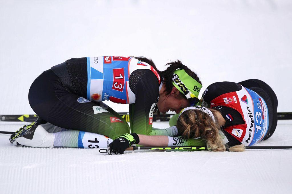 FOTO:Katja Višnar in Anamarija Lampič srebrni na SP!