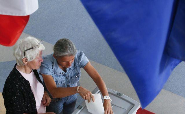 Z današnjim dnem so pred evropskimi volitvami, ki bodo 25. maja, začeli teči roki za izvedbo volilnih opravil. Sodelujoči imajo še do 10. aprila čas za odprtje posebnih transakcijskih računov za financiranje volilne kampanje. FOTO: Jože Suhadolnik/Delo