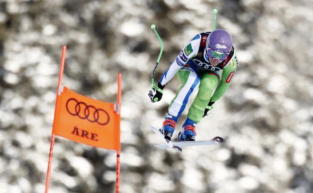 Kaže, da Ilki Štuhec po grdem padcu v Crans Montani vendarle ne bo treba še sedmič v karieri na operacijsko mizo. FOTO: Christian Hartmann/Reuters