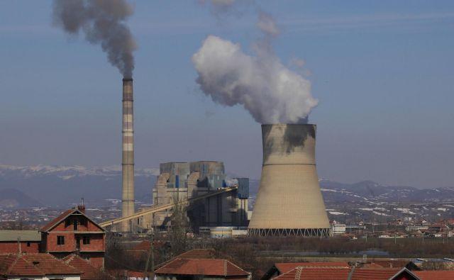 Termoelektrarna Kosovo je tudi med najbolj umazanimi v Evropi. FOTO: Jože Suhadolnik/Delo