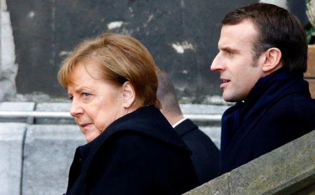 Danes se bosta v Parizu srečala kanclerka Angela Merkel in francoski predsednik Emmanuel Macron. Foto: Reuters