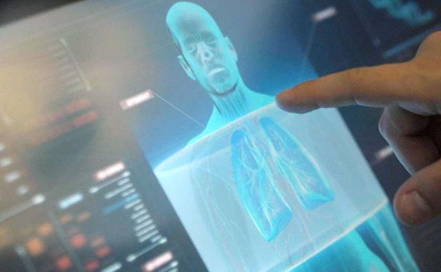 Digitalzacija prinaša nove možnosti v medicino in farmacevtiko. Foto Novartis