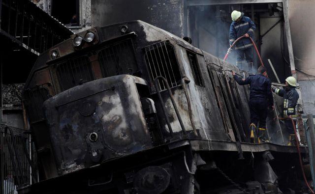 Zaradi trka je eksplodiral tank s gorivom. FOTO: Amr Dalsh/Reuters