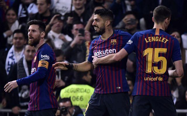 Luis Suarez (v sredini) je bil junak Barcelone. FOTO: AFP