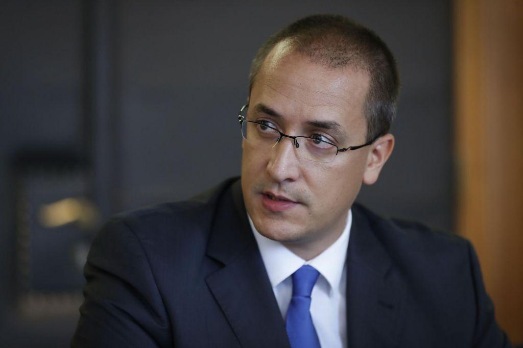 Leben kljub »čisti vesti« premierju ponudil odstop