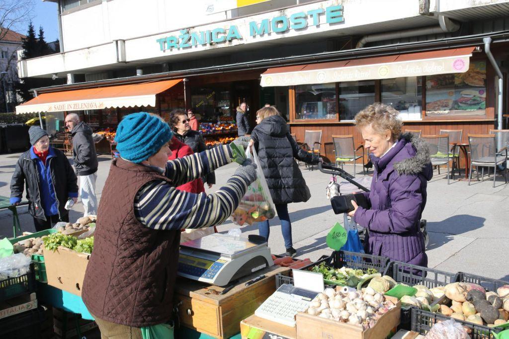 FOTO:Živilski trgi oživijo predvsem ob sobotah