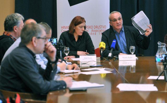 Novinarji bodo šli v soboto na ulice. S sloganom »Ugrabili ste medije, novinarstva ne damo« bodo vladi poskušali izročiti svoje zahteve. FOTO: Srdjan Vrančić/CROPIX