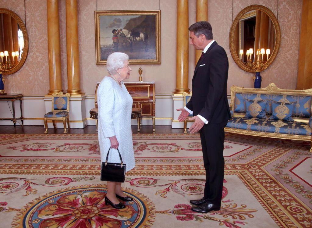 Borut Pahor na kraljičinem urniku