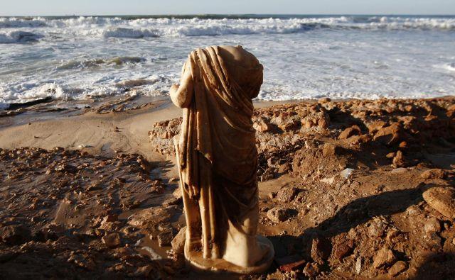 V kaj so strmeli Rimljani in zaradi kakšnih umetnin in turističnih atrakcij so se odpravljali na dolge poti? FOTO: Reuters