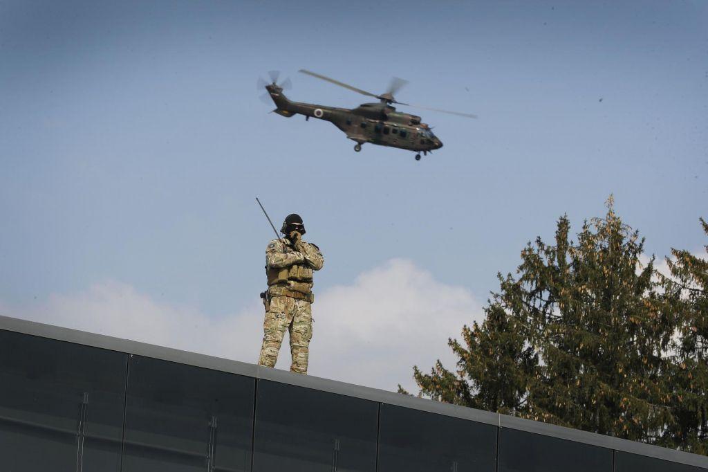 Brezzoba vojska v beraški soseski