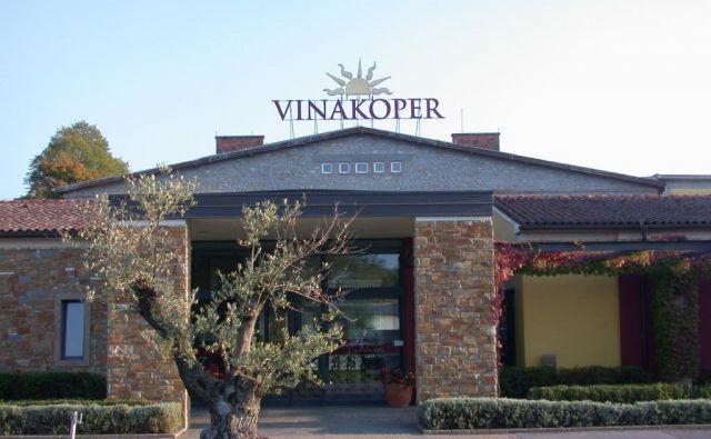 Klet, pisarne in trgovina Vinakopra v Kopru. Foto Boris Šuligoj