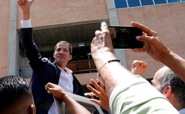 Juan Guaido se je vrnil v domovino. FOTO: Reuters