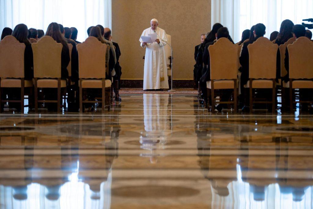 Vatikan bo odprl tajne arhive