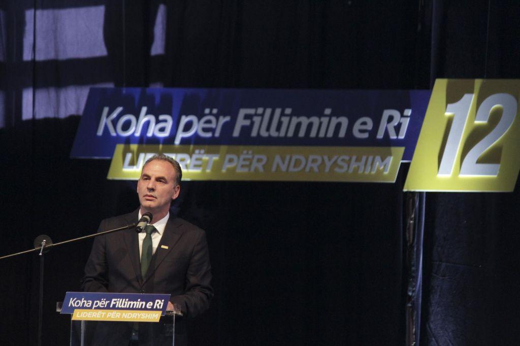 Mobilna telefonija v BiH bo ostala draga