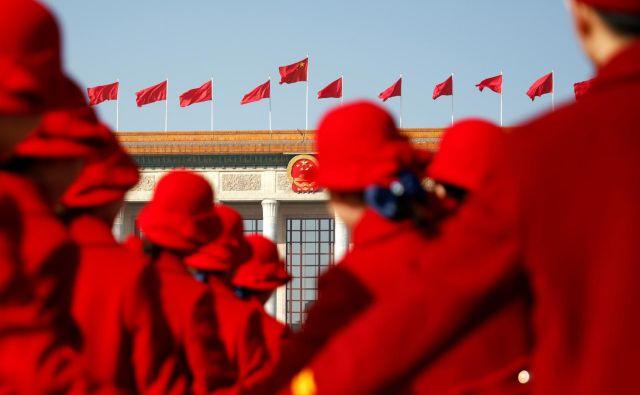Kitajski se obeta najnižja rast od leta 1990, ko so proti tej državi veljale mednarodne sankcije zaradi tiananmenskega pokola. FOTO: Reuters