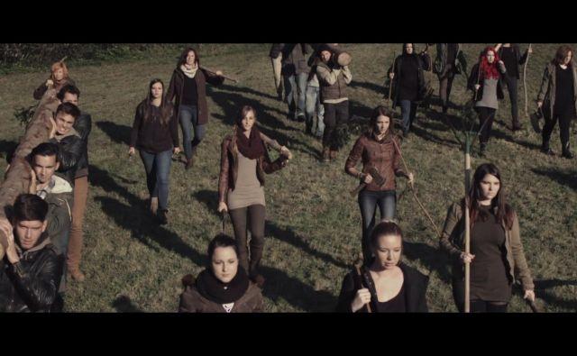 Perpetuum Jazzile v videu Uprising.<br /> FOTO: Bozon
