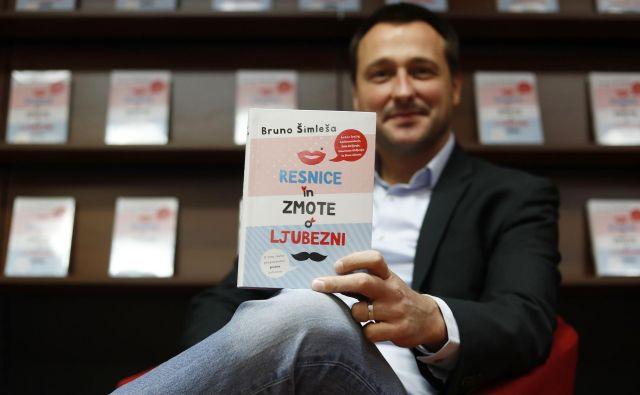 Bruno Šimleša na predstavitvi svoje nove knjige Resnice in zmote o ljubezni FOTO: Leon Vidic/Delo