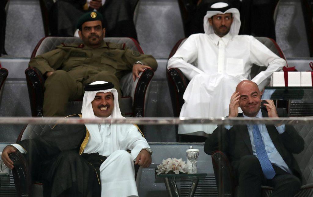 Fifa s polno malho denarja, a manjšo od Uefa