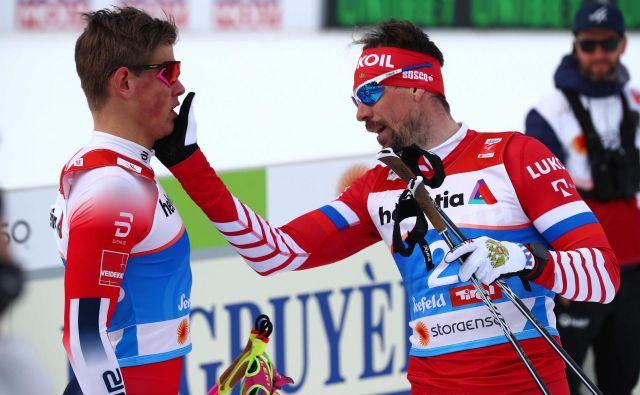Johannes Høsflot Klaebo (levo) je na svetovnem prvenstvu v Seefeldu pošteno razjezil tudi Rusa Sergeja Ustjugova. FOTO: Reuters