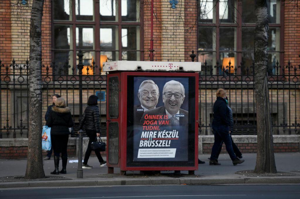 Madžarska bo sporne protievropske plakate zamenjala prihodnji teden