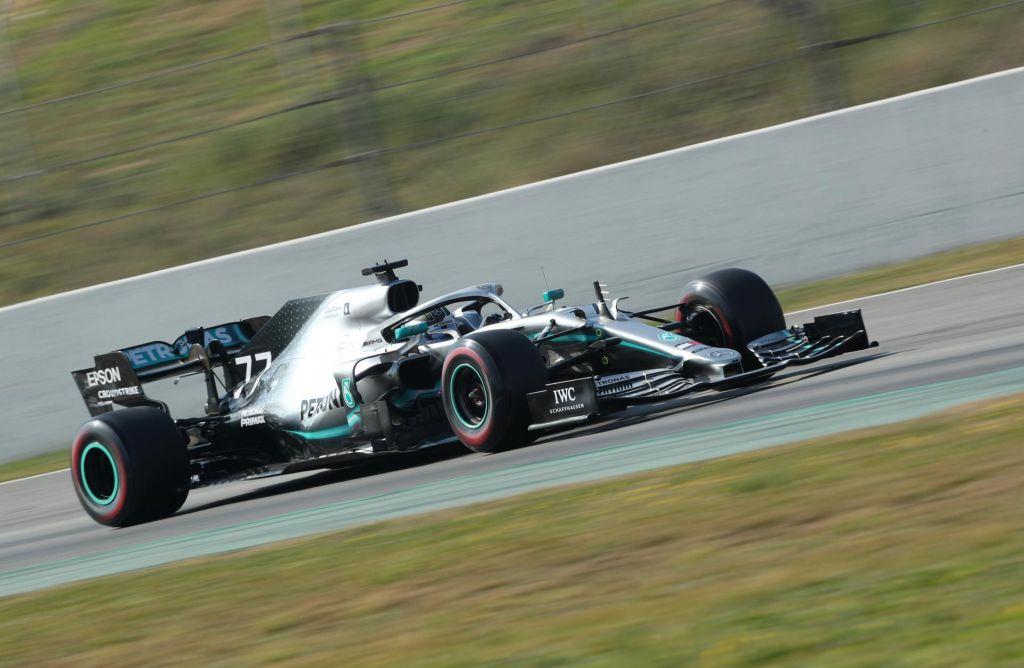 V F1 spet dodatna točka za najhitrejši krog na dirki?
