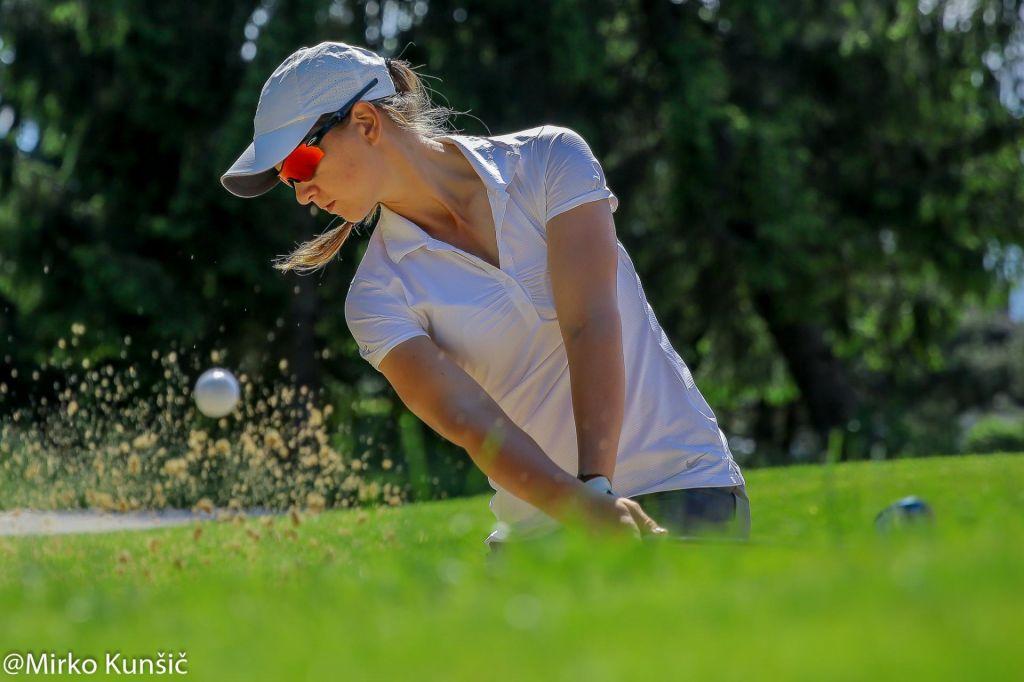 FOTO:Golfistka Katja Pogačar druga v Avstraliji