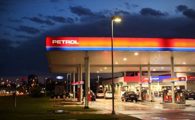 Količinska prodaja proizvodov iz nafte se je povečala za štiri odstotke.Foto Jure Erzen/delo