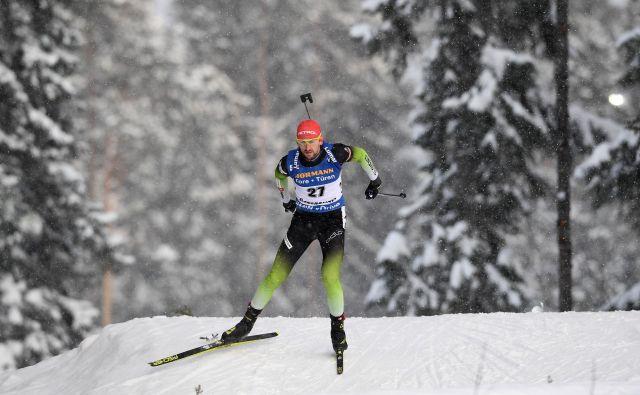 Jakov Fak si v nadaljevanju prvenstva želi več, kot je dosegel v soboto in nedeljo. FOTO: AFP