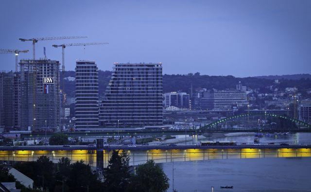 V Srbiji so priložnosti za slovenska podjetja tudi v gradbeništvu. Foto Jože Suhadolnik