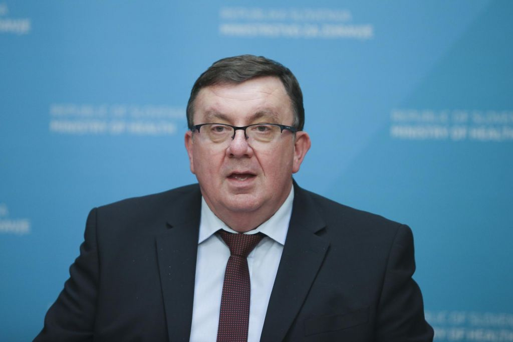 Odstopil minister za zdravje Samo Fakin
