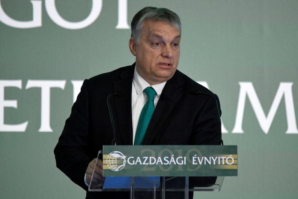 Orban namignil na morebitno zavezništvo s PiS namesto EPP