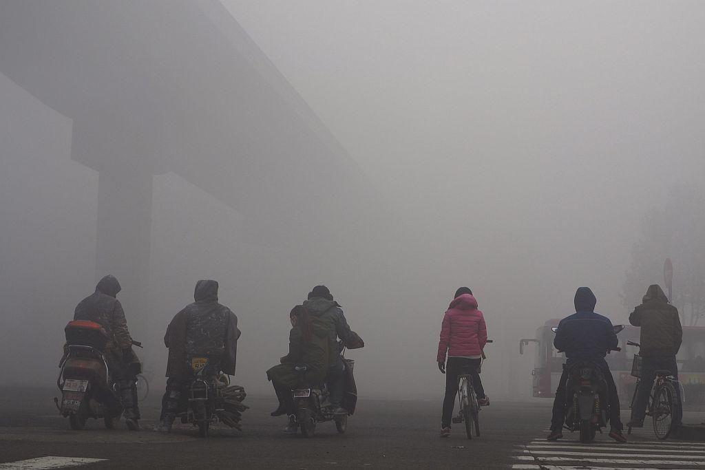 FOTO:Med prvimi stotimi najbolj onesnaženimi mesti na svetu jih je 99 v Aziji