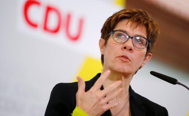 Annegret Kramp-Karrenbauer jasno zavrača velik del evropskih predlogov francoskega predsednika Emmanuela Macrona.Foto: Axel Schmidt/Reuters