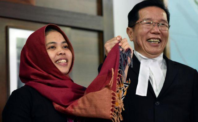 Siti Aisyah so malezijske oblasti izpustile, njena soobtoženka Vietnamka Doan Thi Huong ostaja za zapahi. Foto Stringer Reuters