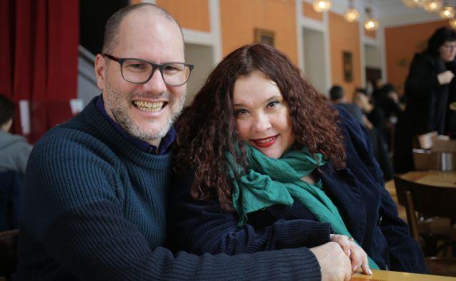 Steve Klink in Mia Žnidarič ljubita stari jazz.<br /> Foto: Jože Suhadolnik