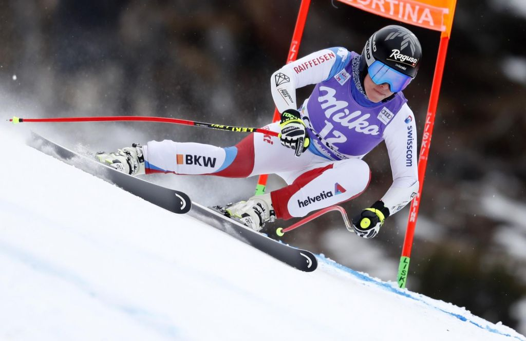 Lara Gut-Behrami se je poškodovala tik pred koncem sezone