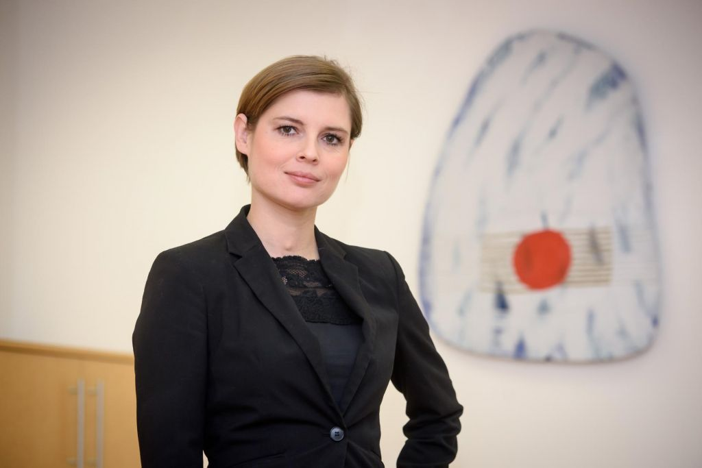 Minister Poznič bo za državni sekretarki predlagal Kerševan Smokvinovo in Culettovo
