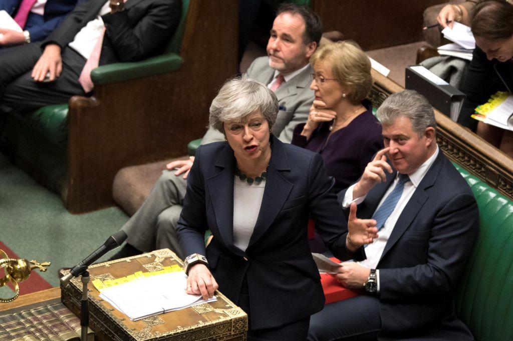 Britanski parlament glasoval proti brexitu brez dogovora