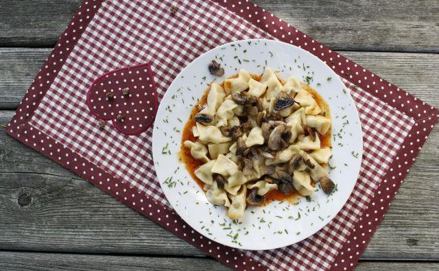 Evropski festival hrane se jutri začenja v Križankah, kjer bodo obiskovalcem ponujali izbrane jedi slovenskih gostiln in restavracij. FOTO: Uroš Hočevar