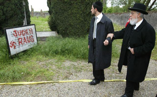 Novi antisemitizem se rojeva ne namesto, temveč zaradi Auschwitza. Lahko mu rečemo tudi sekundarni antisemitizem, ki izvira iz občutka krivde. FOTO: Vincent Kessler Reuters