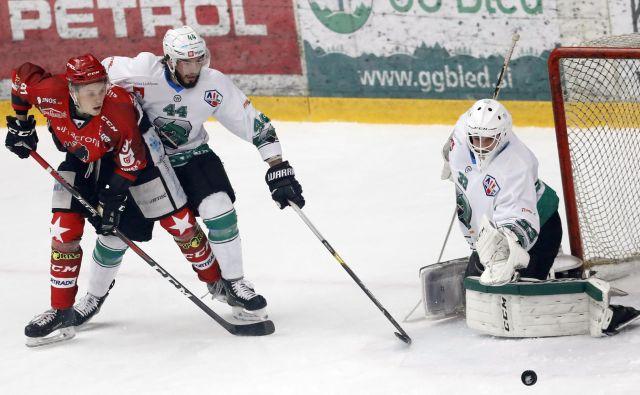 V četrtfinalu AHL še ne bo ljubljansko-jeseniškega derbija.<br /> FOTO Roman Šipić/Delo