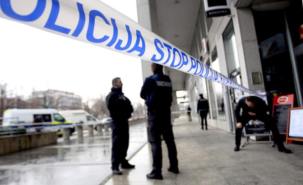 35-letni Mariborčan, ki je vrgel bombo v bankomat, v priporu