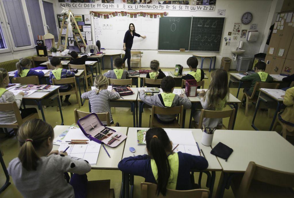 Minister Pikalo, kako do službe v javnem šolstvu?