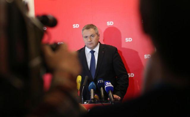 Konferenca SD je pooblastila predsednika stranke Dejana Židana za nadaljnje odločitve v zvezi s sporazumom. FOTO: Tomi Lombar/delo
